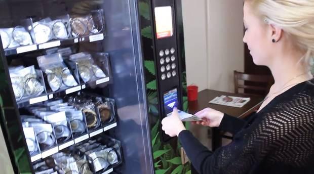 maquina vending bolleria